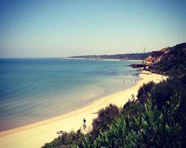 Las 5 mejores playas de Melbourne - Half-Moon-Bay