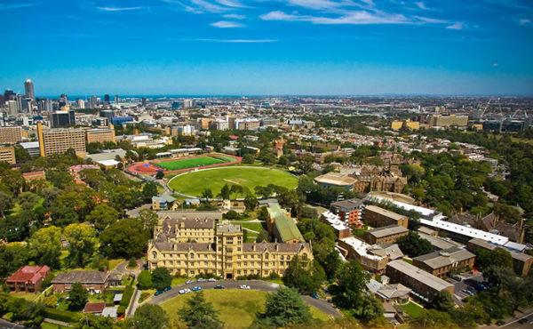 3 universidades australianas que dan becas para latinos